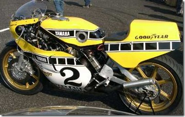 yzr_750_ow31_roberts_3