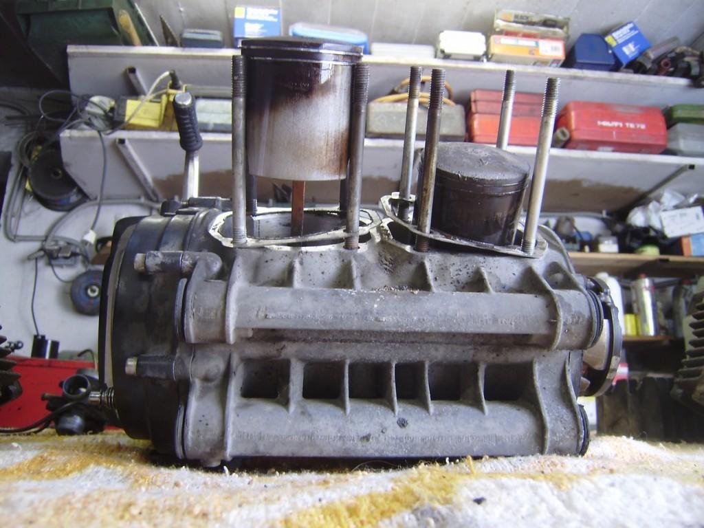 rd400_20091126_motor_zerlegen_7